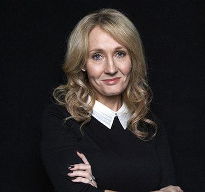 JK Rowling sendo entrevistada por Daniel Radcliffe