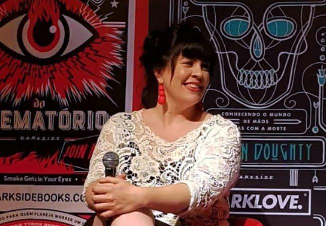 Entrevista com Caitlin Doughty